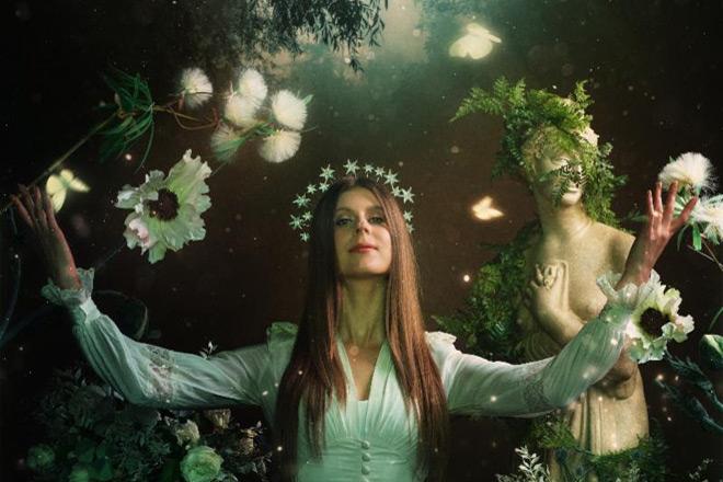 lyndia ainsworth promo - Lydia Ainsworth - Phantom Forest (Album Review)